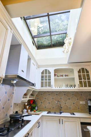 美式复式别墅装修采光天井设计
