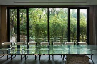 庭院别墅装修窗外风光欣赏