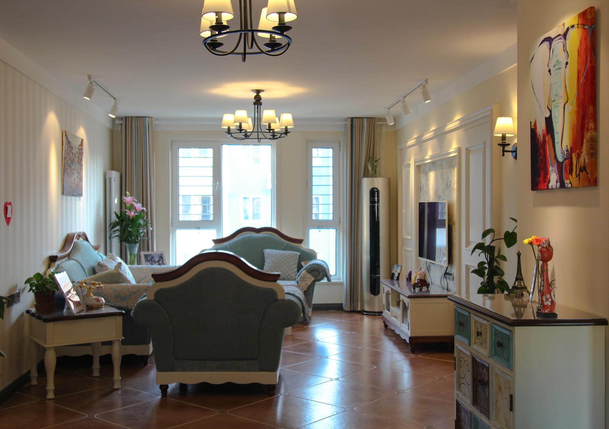 130平简美之家客厅设计图