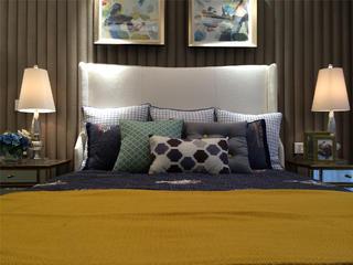 现代简约三居室次卧搭配图