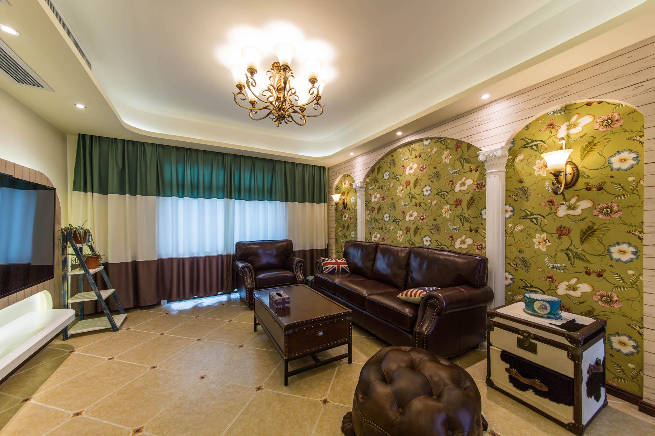美式混搭风格家沙发背景墙图片