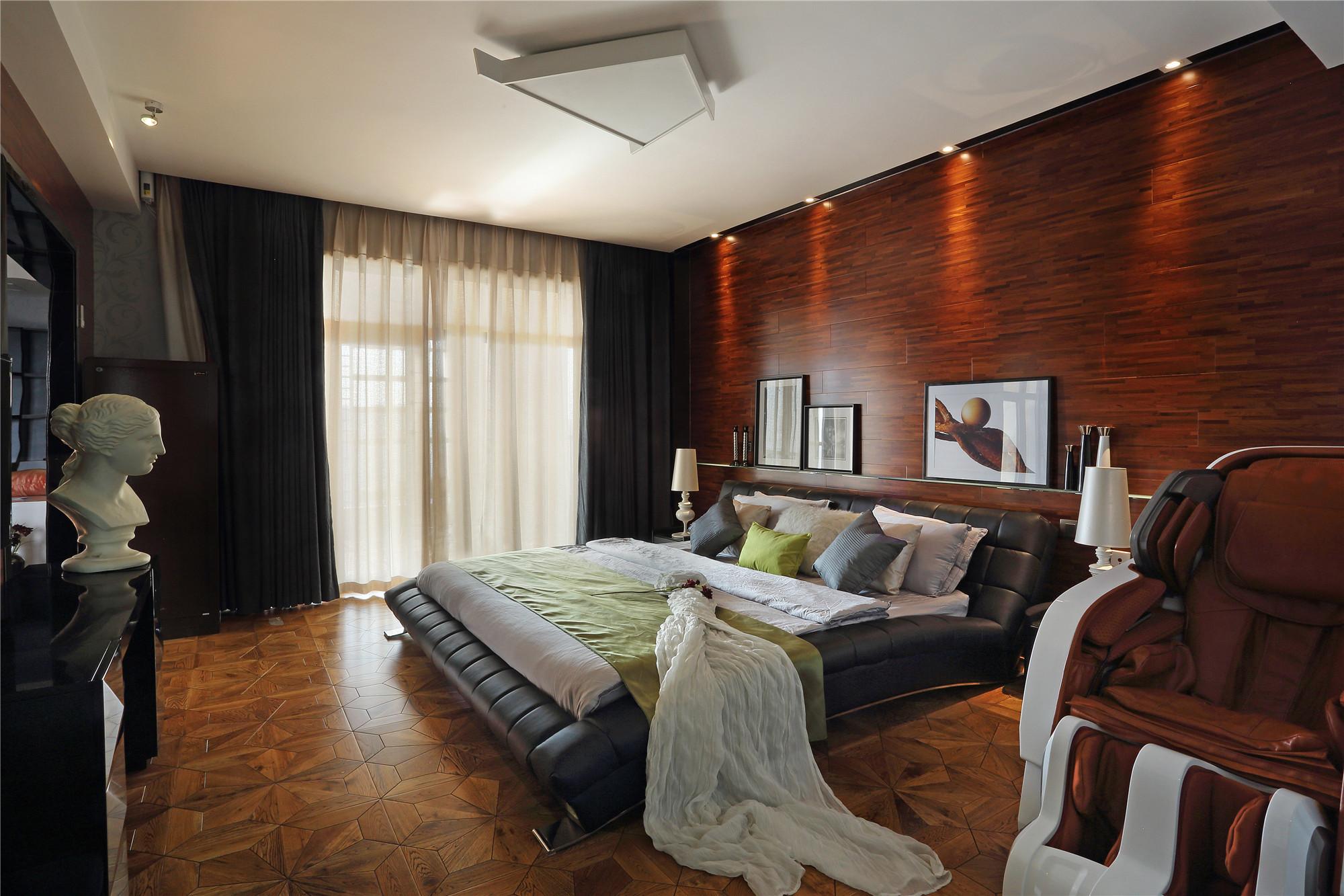 大户型装修卧室设计图