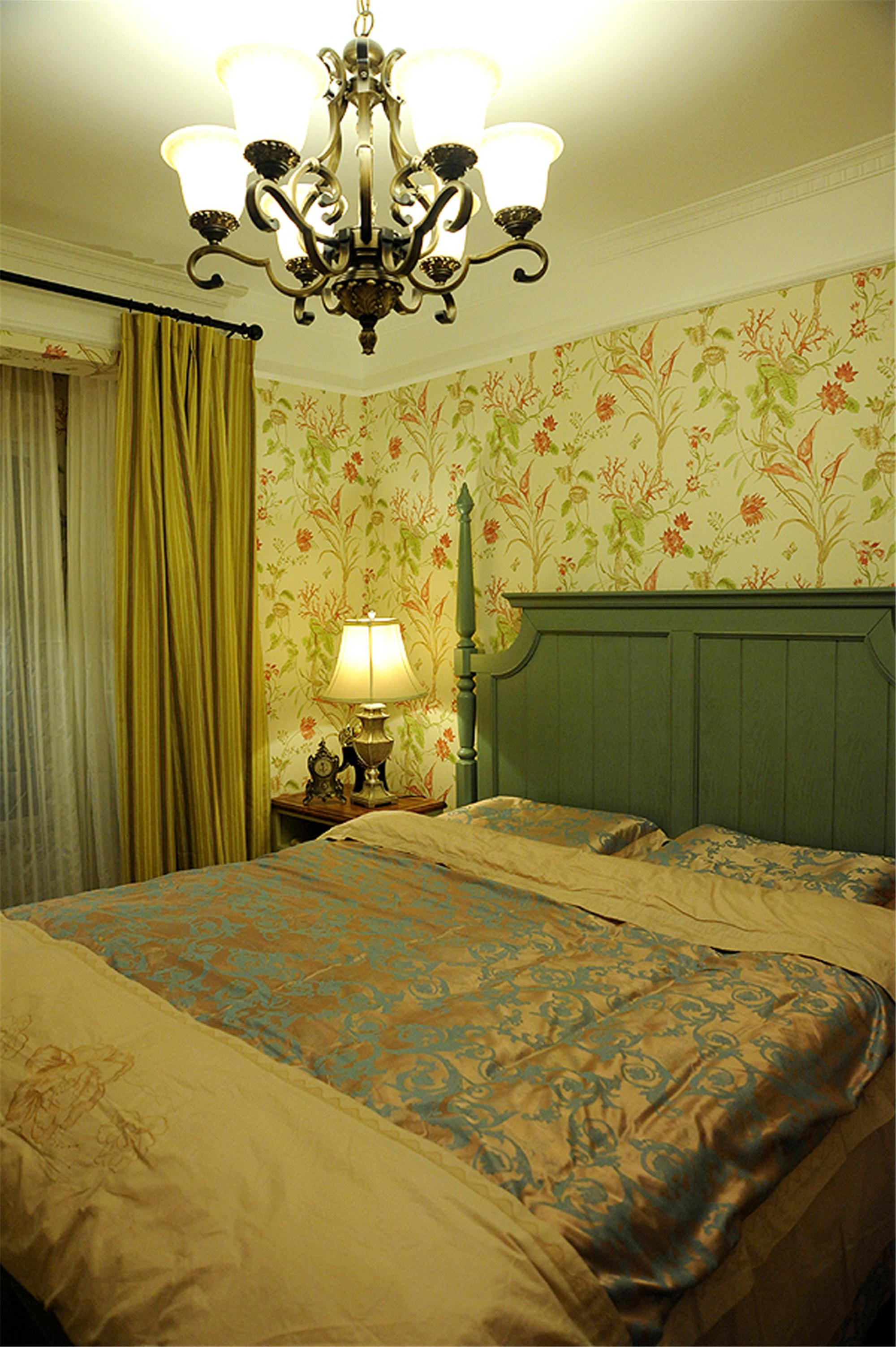 二居室田园美式家卧室布置图