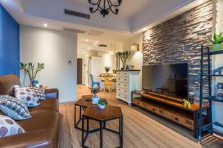 75平两居装修电视背景墙设计