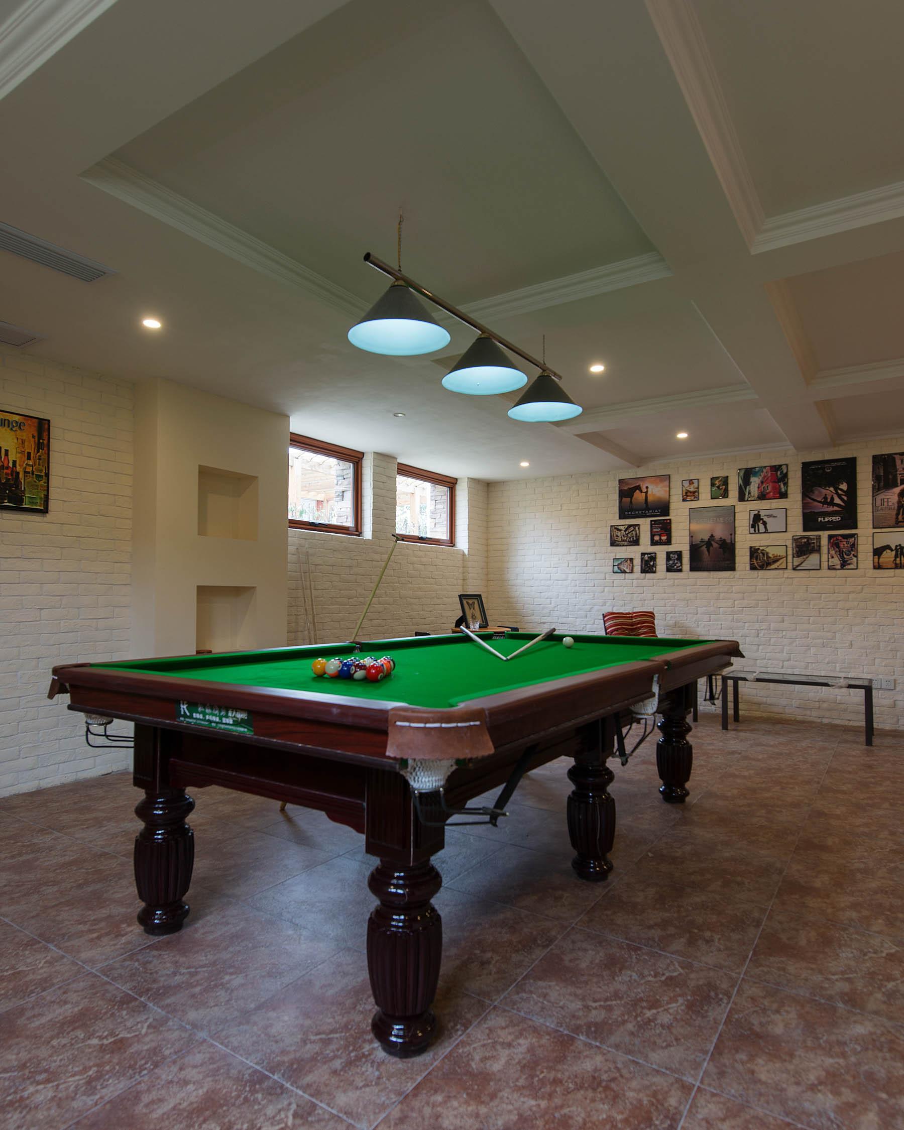 简美别墅装修桌球室图片