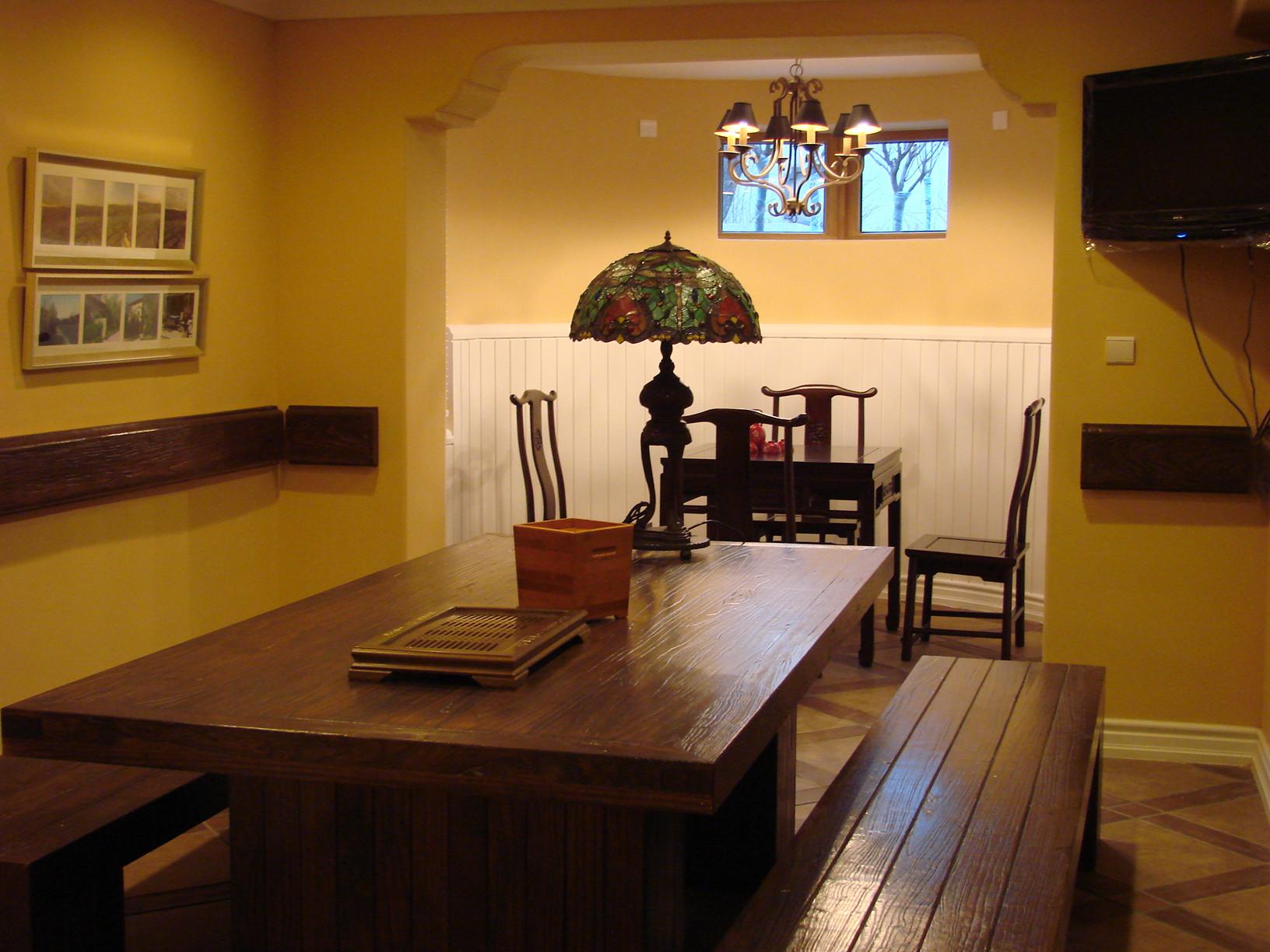 田园风格别墅设计餐厅布置图