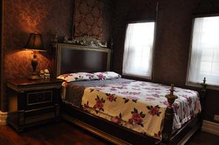 欧式风格别墅装修卧室搭配图