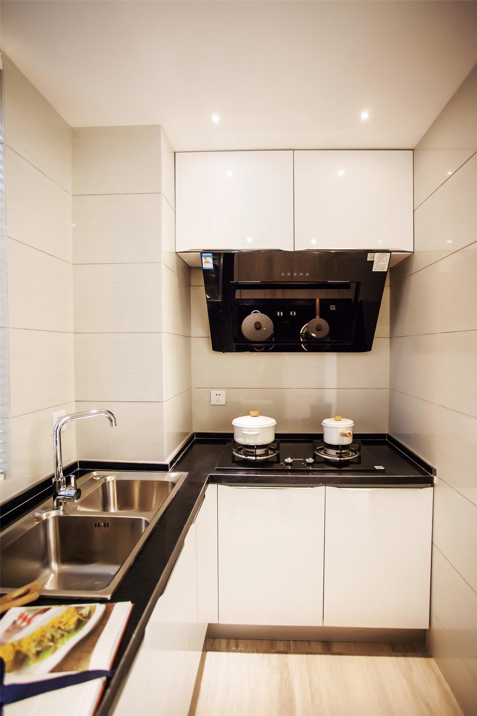 90平北欧装修厨房设计图