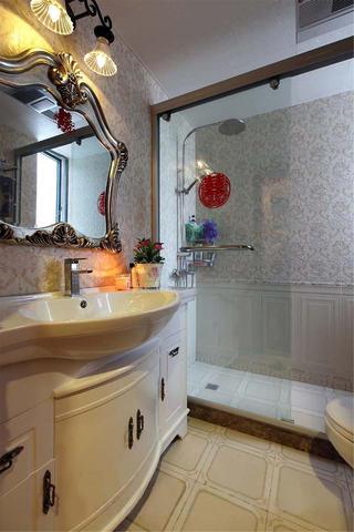 120平混搭复式装修浴室柜图片