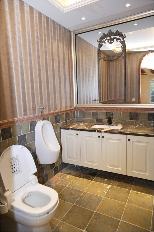 美式别墅装修浴室柜图片