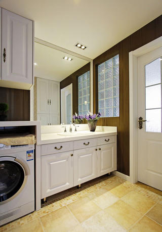 复式新古典装修浴室柜图片