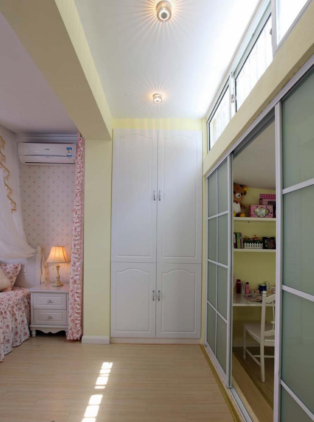 一居室田园风格家壁柜设计