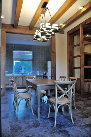 混搭风格别墅装修餐厅设计图