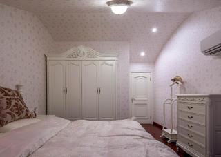 新古典美式装修衣柜图片