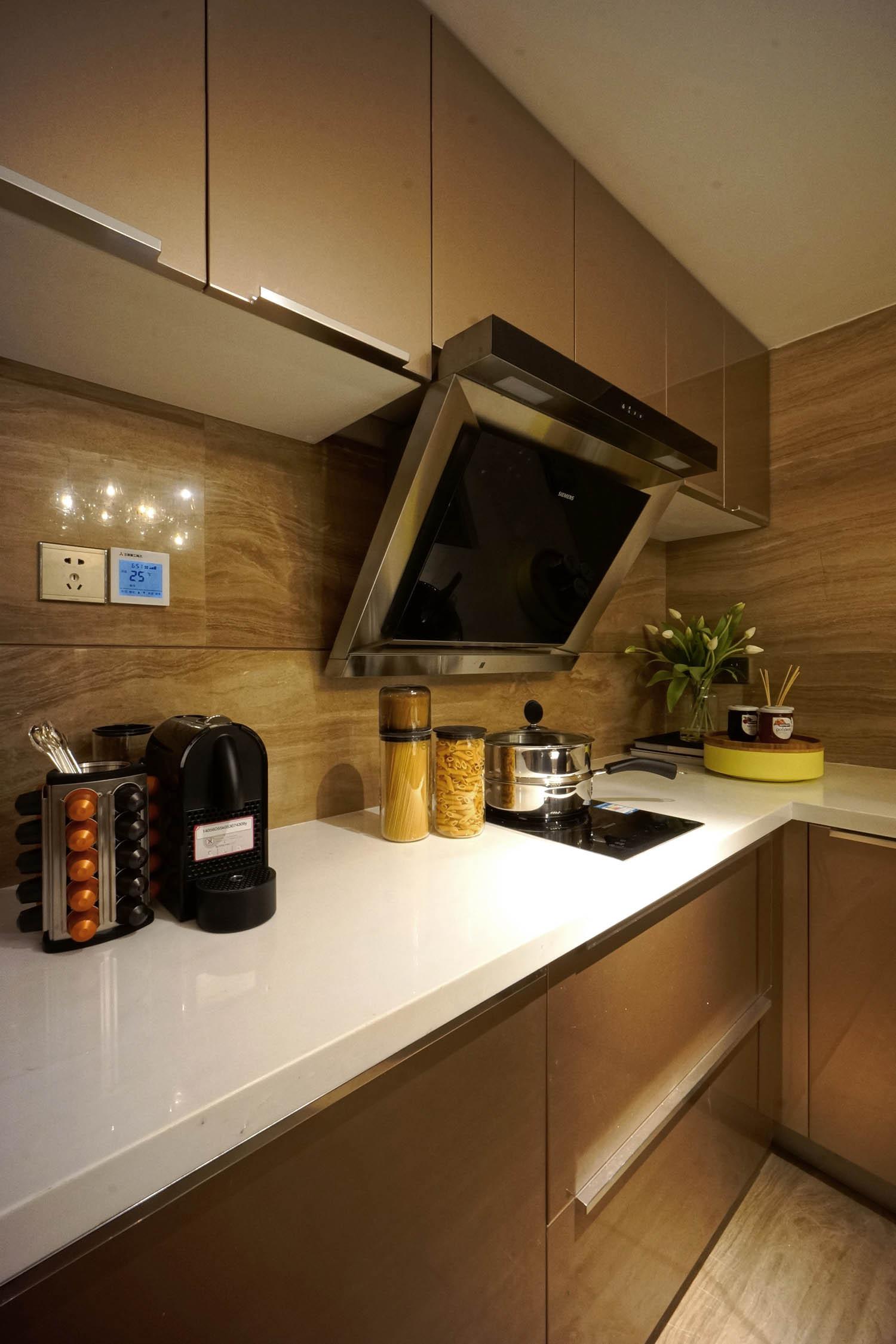 110平现代雅致风装修厨房一角
