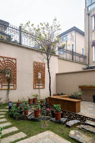 新古典欧式别墅装修花园欣赏图