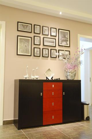 现代风格三居装修玄关柜图片