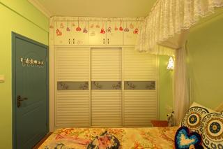 二居室地中海风格家衣柜图片