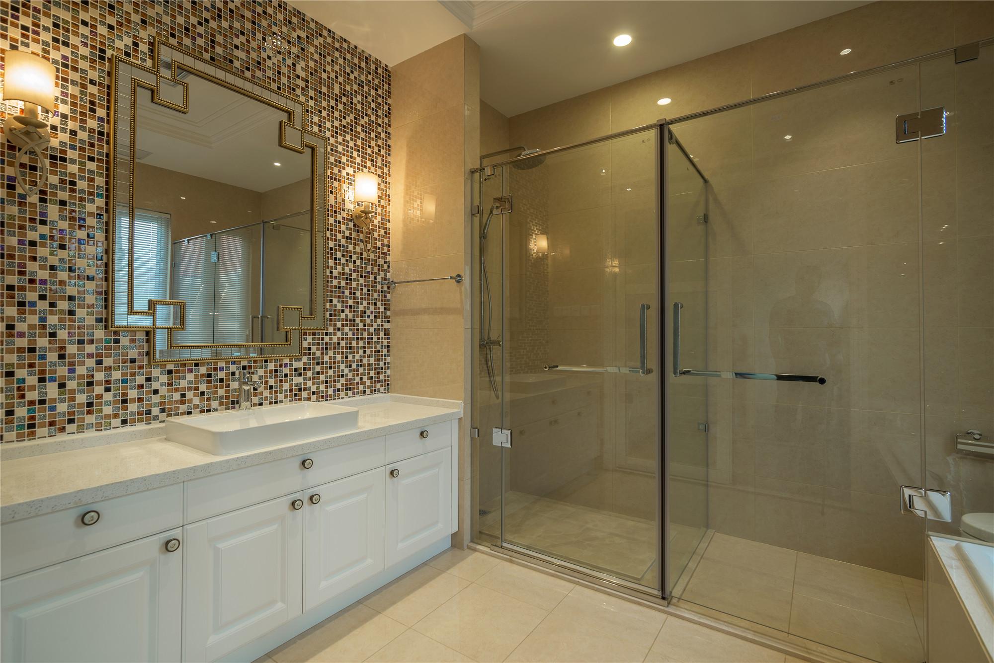 美式别墅装修卫生间装潢图