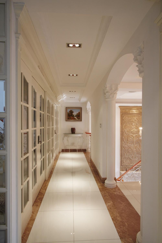 欧式风别墅装修走廊图片