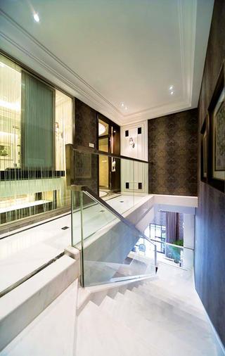 后现代别墅装修楼梯图片