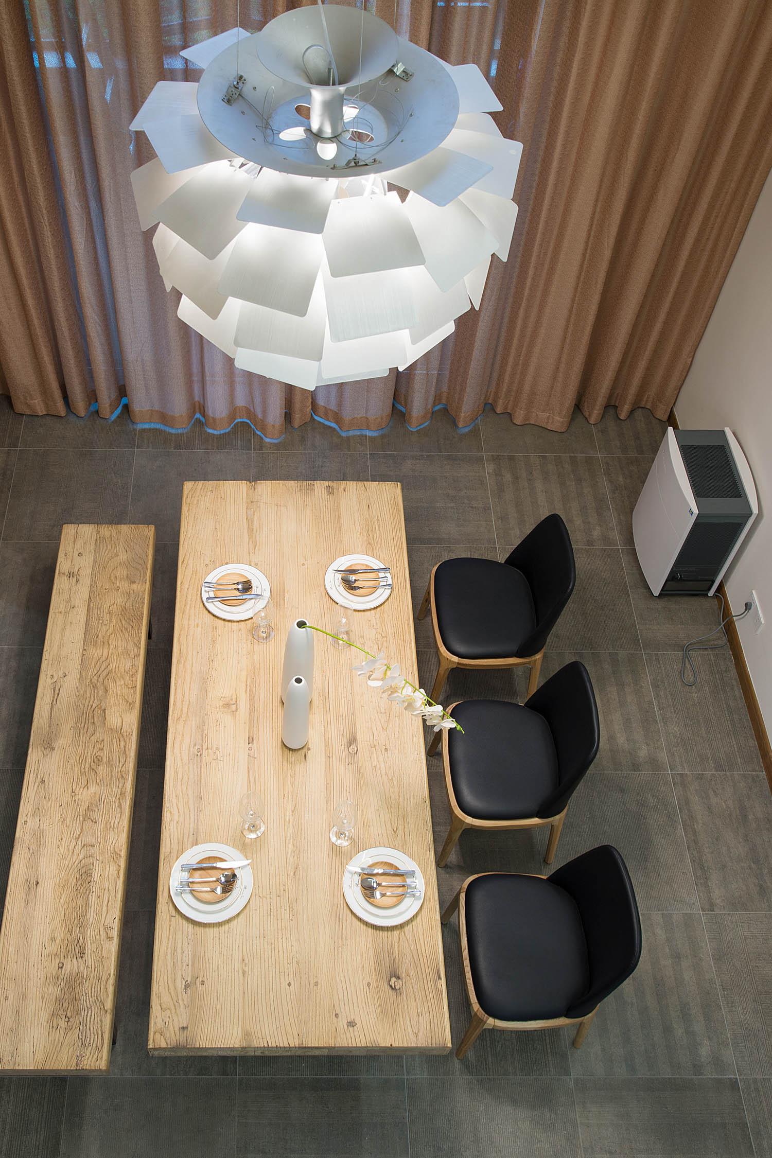 130平跃层装修餐厅俯视图