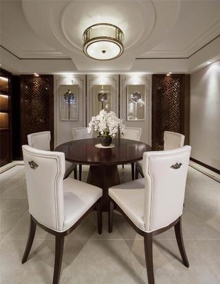 大户型新中式装修餐桌椅图片