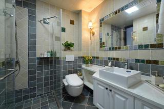 美式二居之家卫生间装潢图