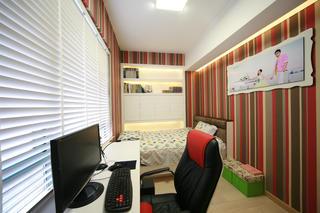现代简约二居装修书房布置图