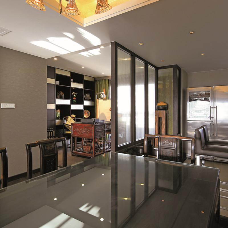 大户型东南亚风格装修餐桌椅图片