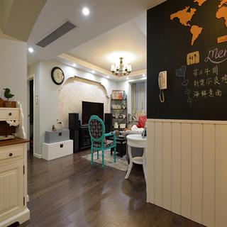 100㎡美式两居装修过道黑板墙设计