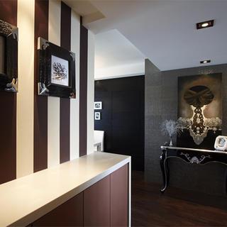 三居室简欧装修玄关设计图