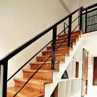 一居室小户型Loft装修楼梯设计