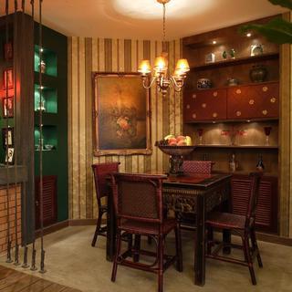 140平东南亚三居装修餐厅设计图
