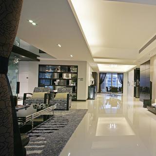 现代简约四房装修过道设计