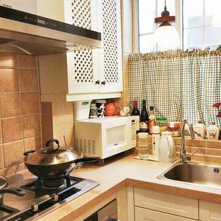 小户型地中海风格公寓装修厨房实景图