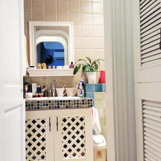 小户型地中海风格公寓装修浴室柜图片