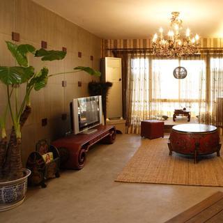 140平东南亚三居装修客厅布置图