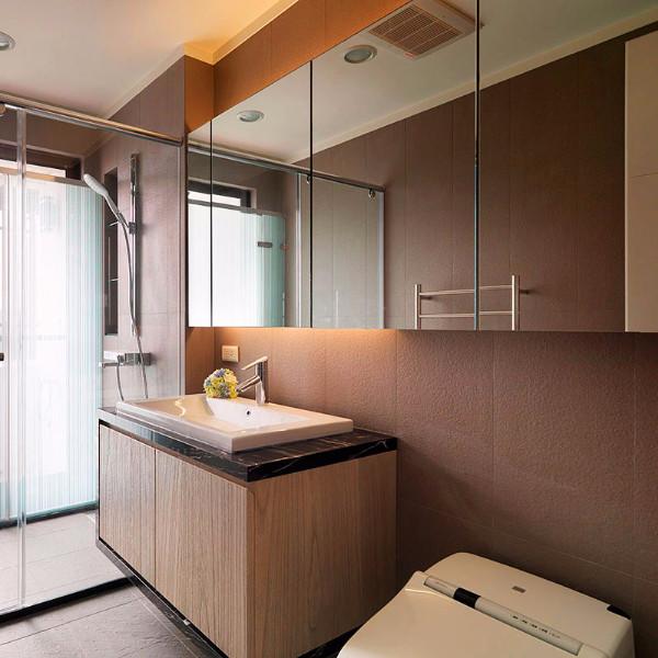 小户型一居室装修卫生间效果图