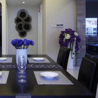 大户型现代简约家餐桌椅图片