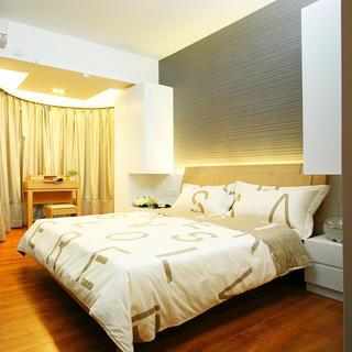 现代简约两居装修卧室设计图