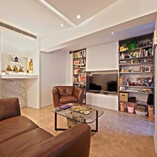 100平简约两居室装修电视墙设计