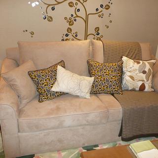 80平简约两居室装修沙发图片
