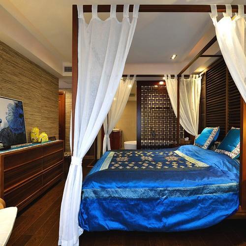 东南亚风格三居卧室搭配图