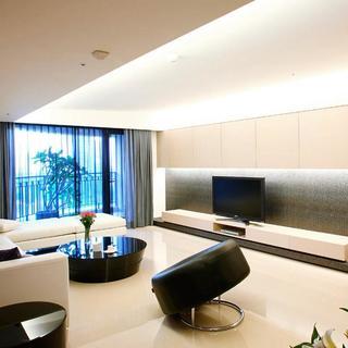 现代简约大户型装修电视背景墙设计
