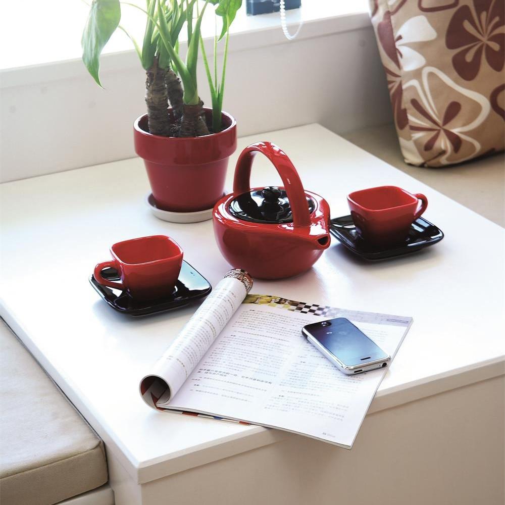 简约二居室装修茶台布置