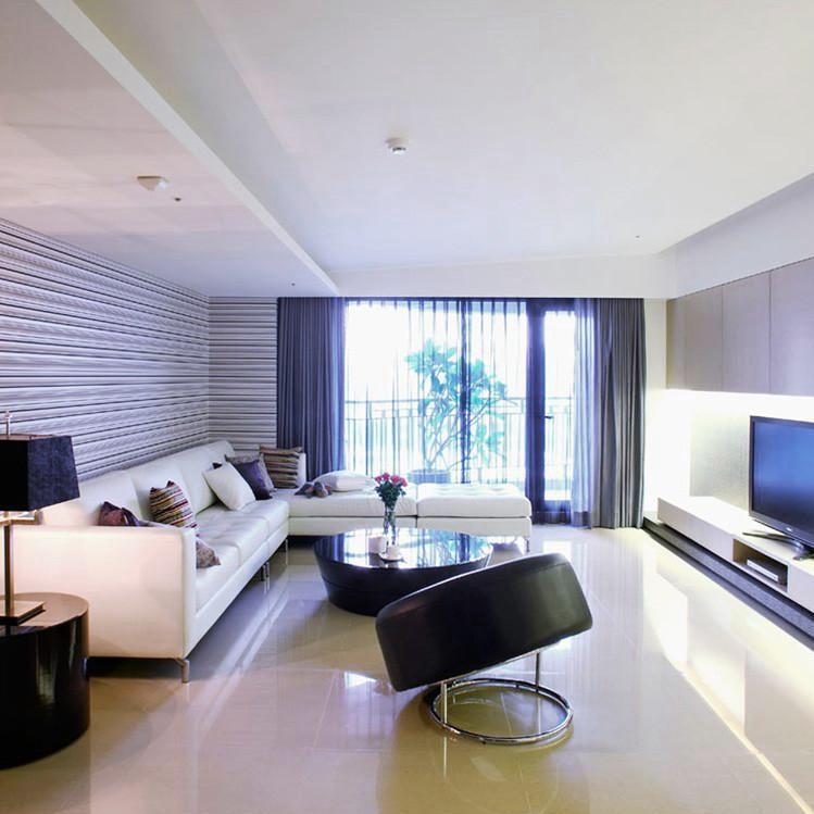 现代简约大户型装修客厅搭配图