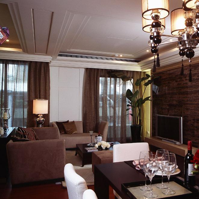100平三居室装修吊顶设计