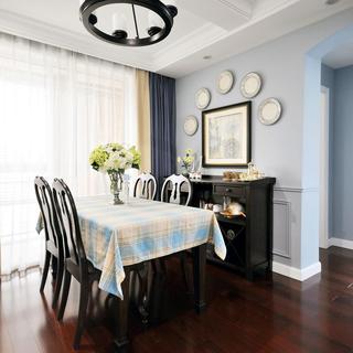 美式两居室装修餐厅背景墙设计