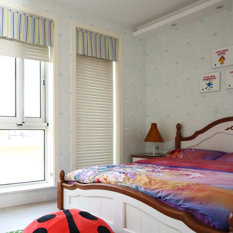 230平简美风格别墅装修卧室布置图